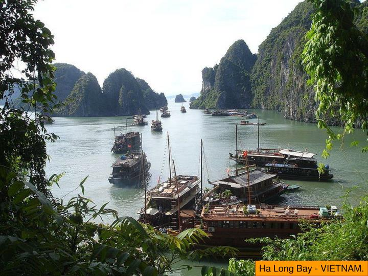 Ha Long Bay - VIETNAM.