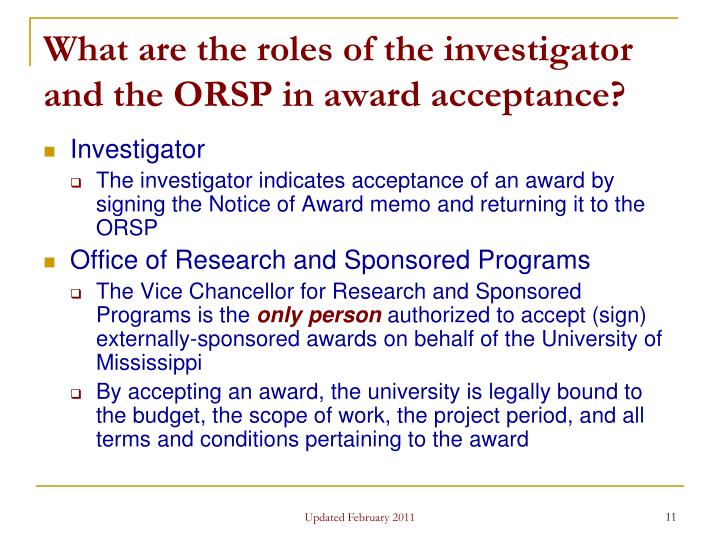 What are the roles of the investigator and the ORSP in award acceptance?