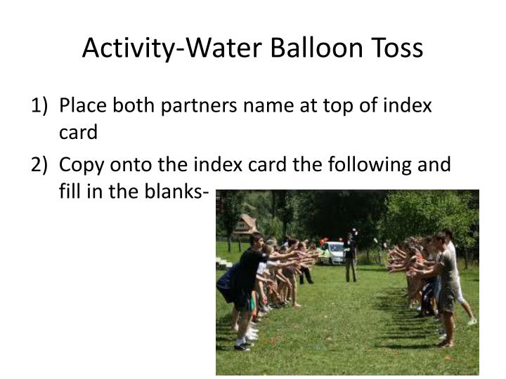Activity water balloon toss