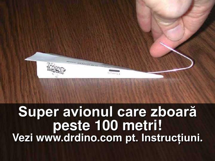 Super avionul care zboară peste