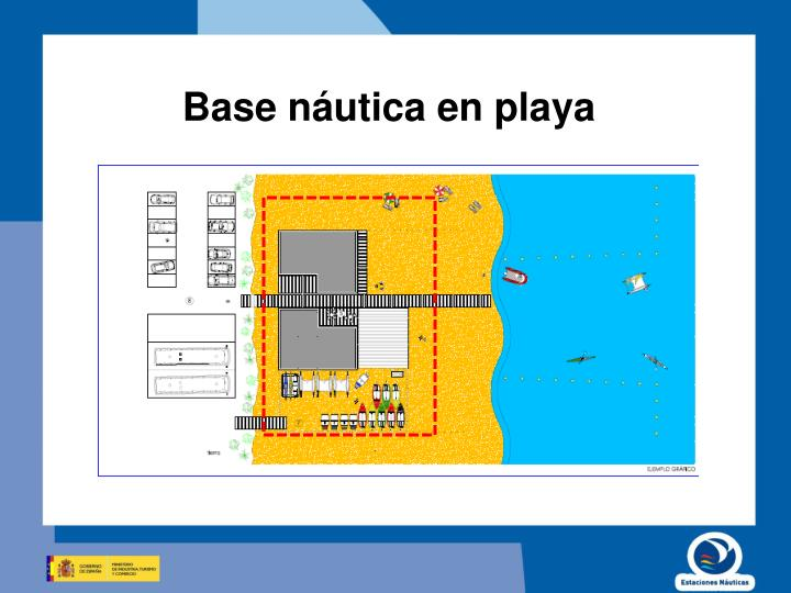 Base náutica en playa