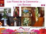 las flores de la ceremonia las bancas