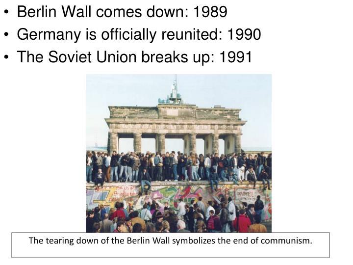 Berlin Wall comes down: 1989