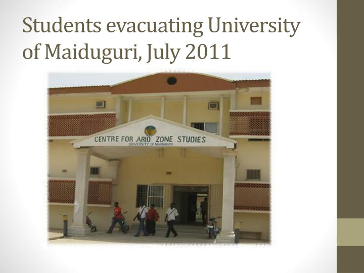 Students evacuating University of Maiduguri, July 2011