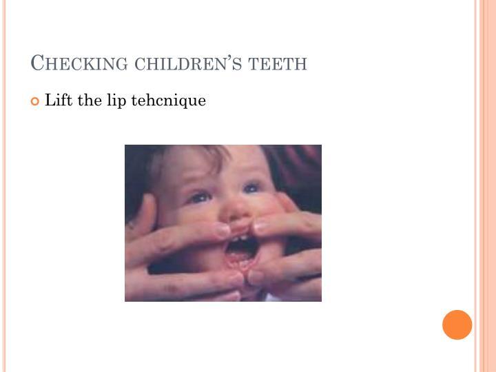 Checking children's teeth