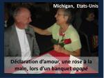 d claration d amour une rose la main lors d un banquet agap