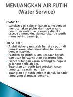 menuangkan air putih water service