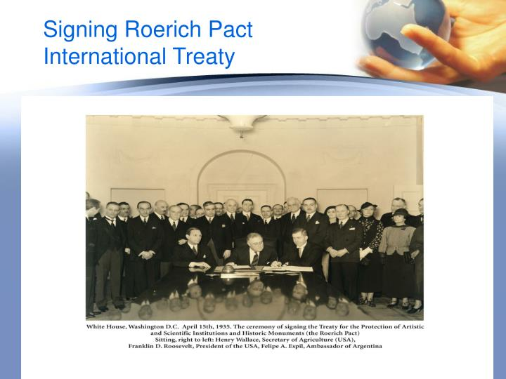 Signing Roerich Pact